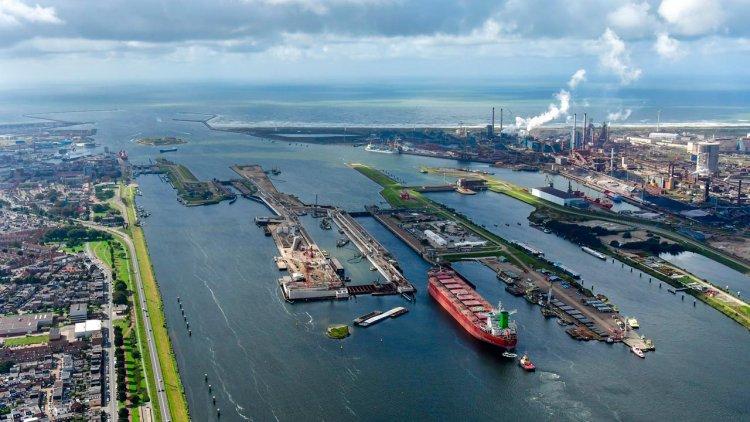 Port of Amsterdam installs new smart shore power cabinets