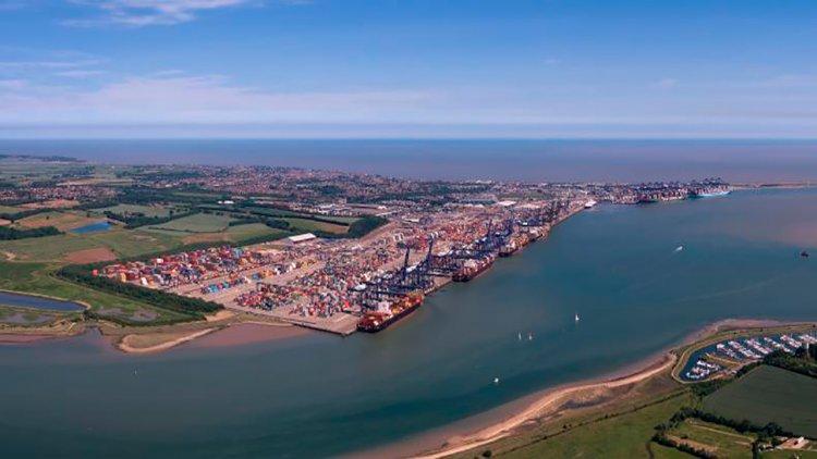 Van Oord and Boskalis win Harwich Haven dredging deal
