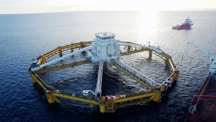 Norwegian company launches the world's first ocean offshore fish farm